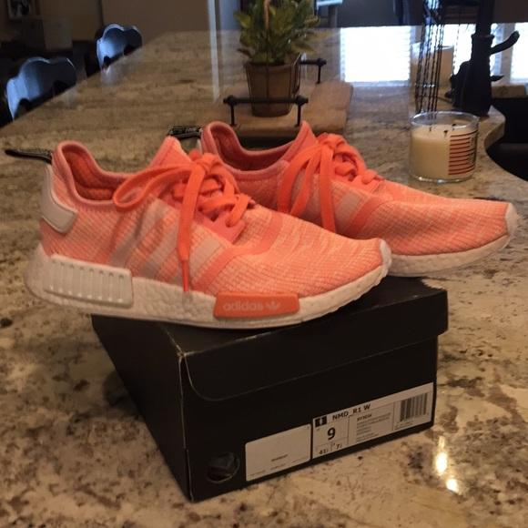 le adidas donne nmd r1s corallo di colore poshmark